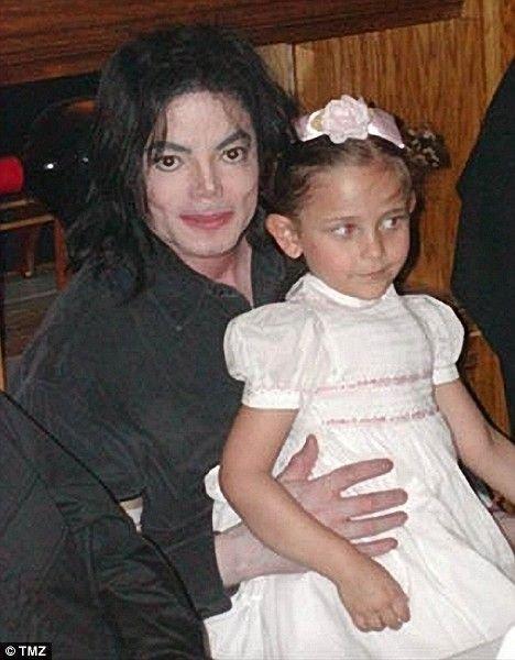 Дети Майкла (7 фото)
