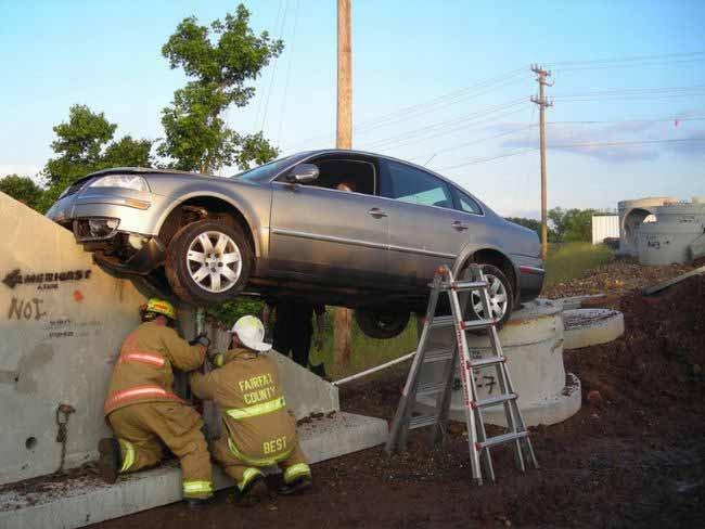 Интересная авария (6 фото)