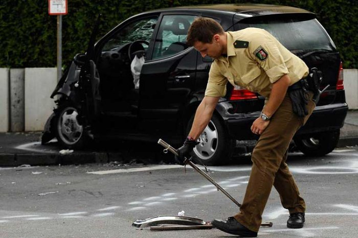Немецкий пенсионер сбил 50 снайперов (6 фото)