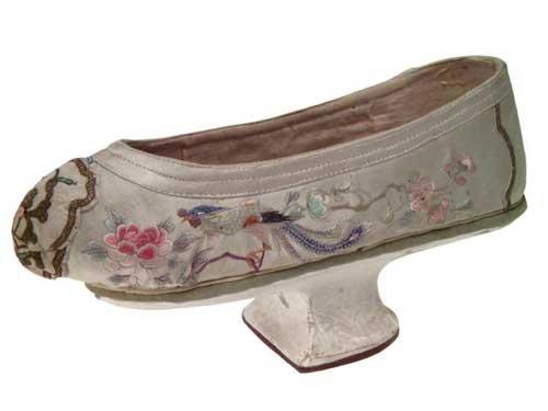 Старинная обувь (20 фото)
