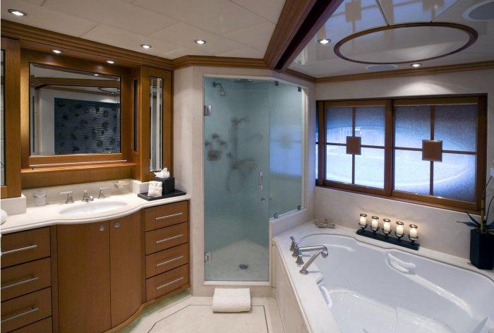Внутри роскошной яхты (29 фото)