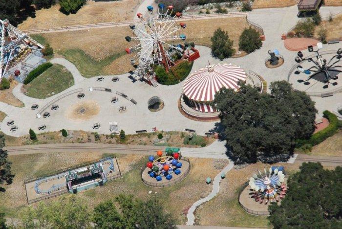 Neverland - легендарный особняк Майкла Джексона (63 фото)