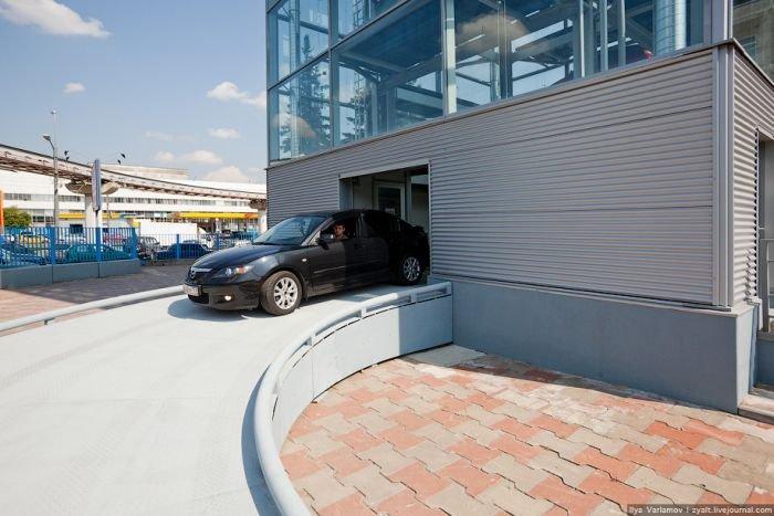 Новая парковка в Москве (23 фото)