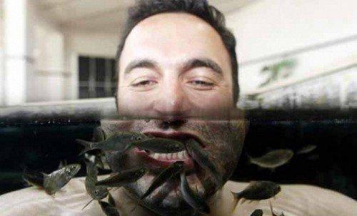 Необычная чистка зубов (2 фото)