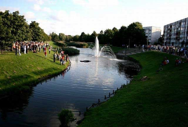 Красивый фонтан (7 фото)