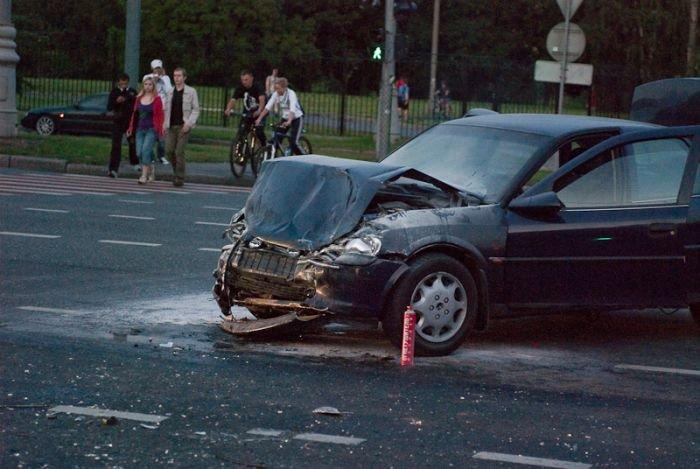Авария в день ВДВ (18 фото)
