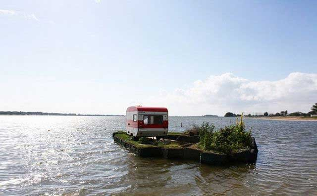 Плавучий остров (6 фото)