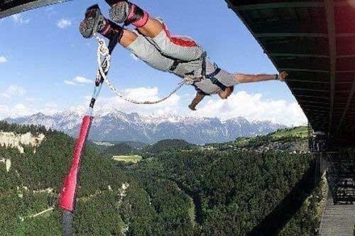 Самые высокие места для Bungee Jumping (10 фото)