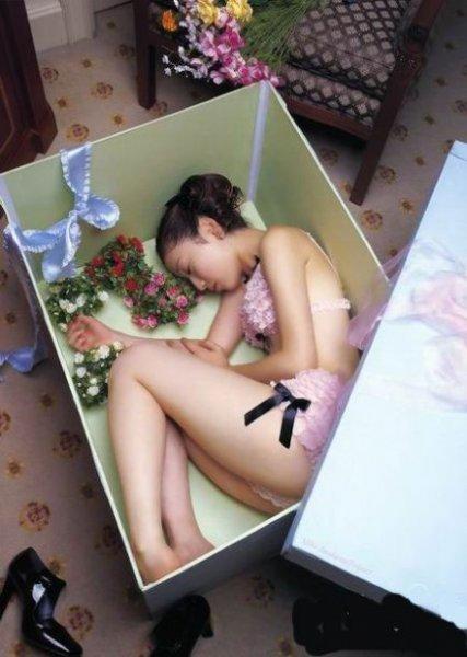 Прикольные эротические фотки (200 фото)