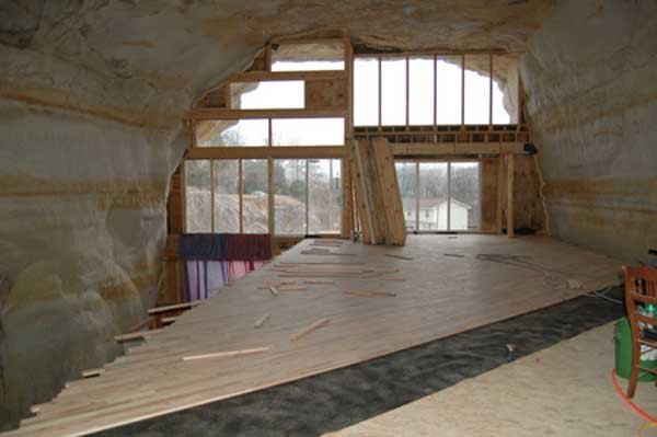 Дом в пещере (11 фото)