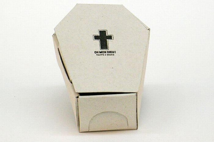 Мышеловка-гроб (4 фото)
