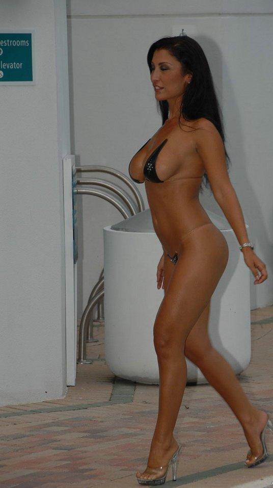 Мисс 50 (17 фото)