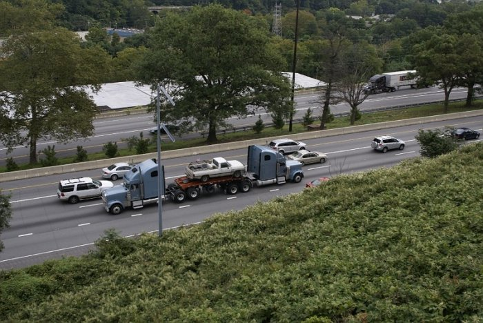 Странный грузовик (5 фото)