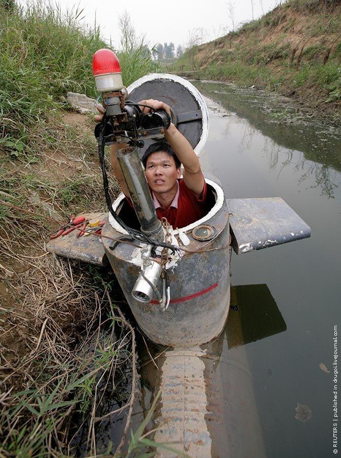 Самодельная подлодка из Китая (4 фото)