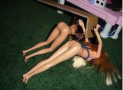 Развратные фотографии кукол Барби (53 фото)
