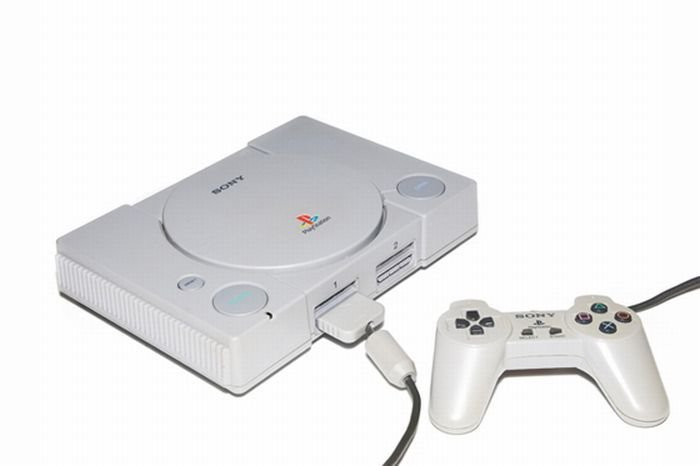 video game console 7 essay The xbox 360 is the second video game console produced by microsoft, and the successor to the xbox the xbox 360 competes with sony's playstation 3 and nintendo's wii as part of the seventh generation of video game consoles.