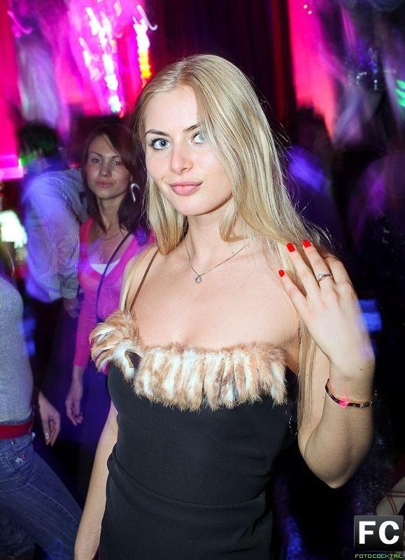 Девушки в ночных клубах Москвы (78 фото)