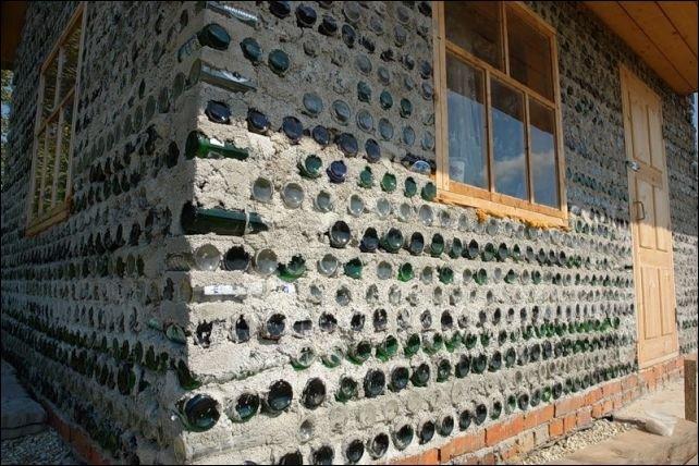 Дом из бутылок (6 фото)