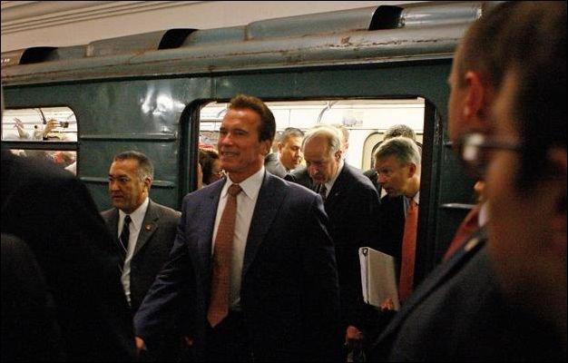 Арни в московском метро (17 фото)