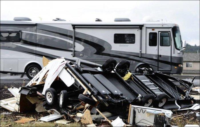 Торнадо в США (6 фото)