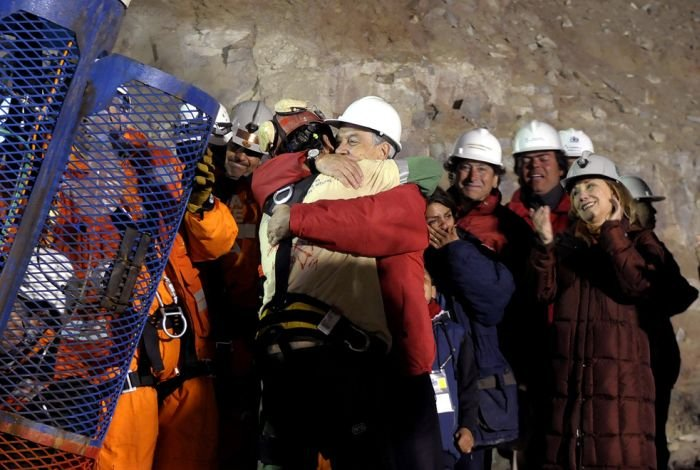 Спасение шахтеров в Чили (33 фото + текст)