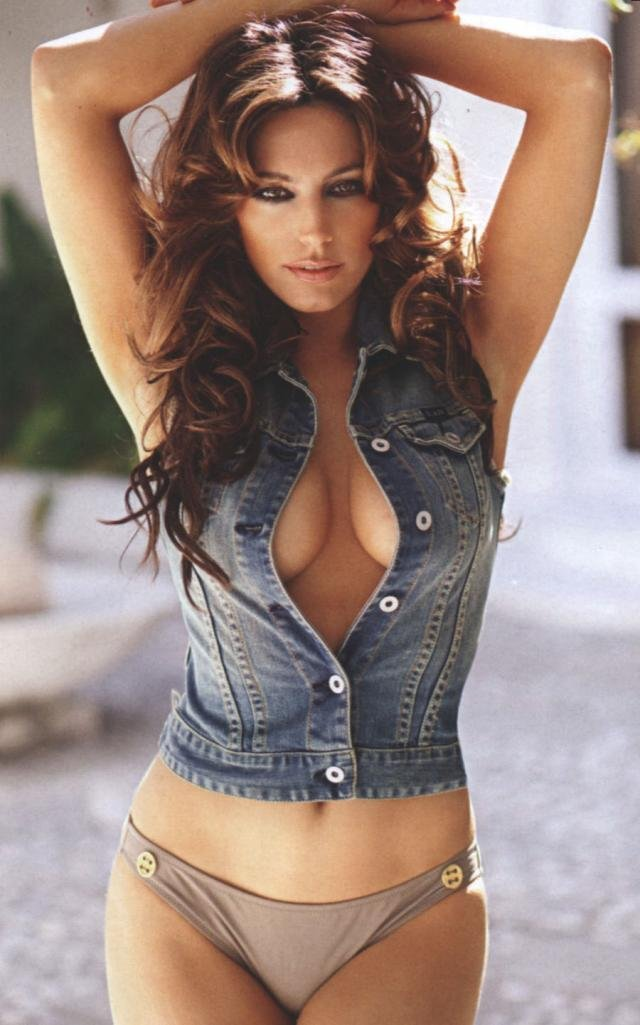 Kelly Brook в FHM Австралия за ноябрь (6 фото)