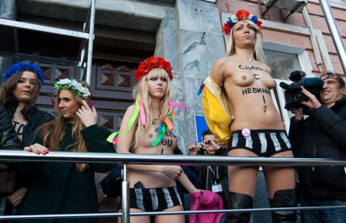 Милиция повязала активисток Femen (20 фото)