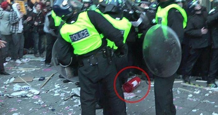 18-летний студент чуть не убил полицейских (6 фото)