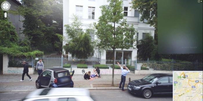 Роды на Google Street View (3 фото)