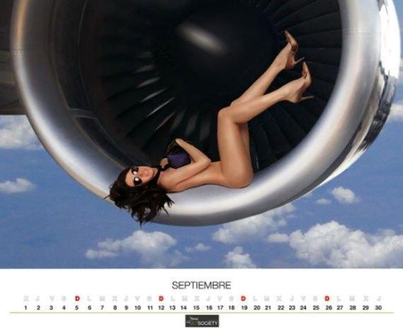Календарь от мексиканских стюардесс (12 фото)