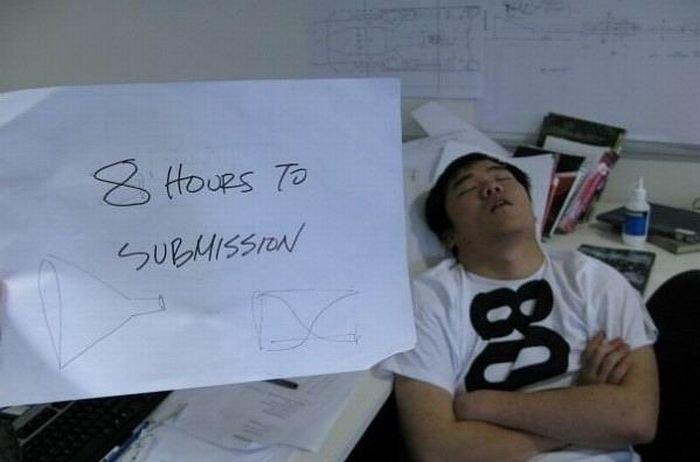 Сон в рабочее время (17 фото)