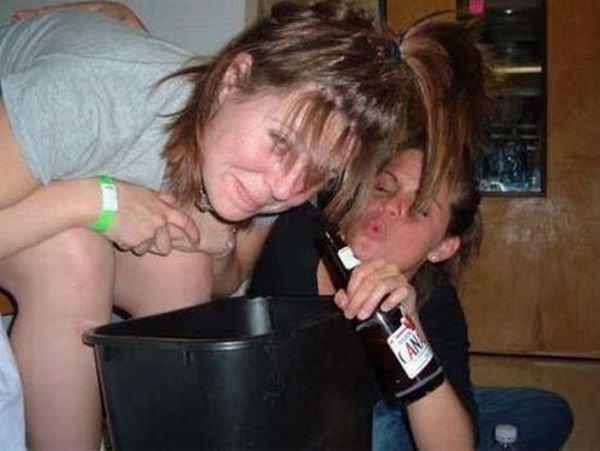 Девушки выпили лишнего (105 фото)