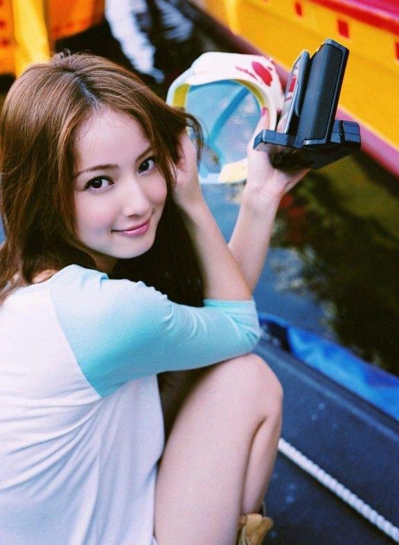 Азиатские девушки (29 фото)
