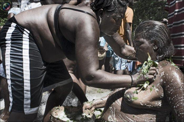 Ритуал Вуду в Гаити (58 фото)