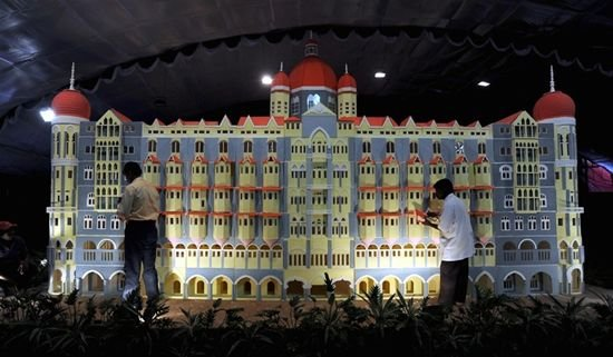 Самый большой торт в мире (3 фото)