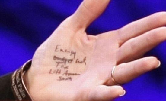 У Сары Пэйлин прблемы с памятью (6 фото)