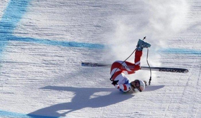 Падения горнолыжниц (12 фото)