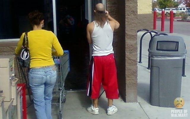 Посетители Wallmart (100 фото)