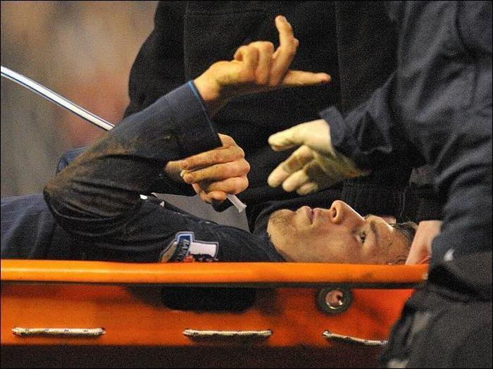Страшный перелом игрока Арсенала (9 фото + видео)