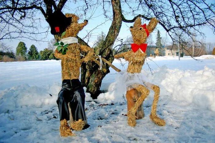 Статуи из сена (24 фото)