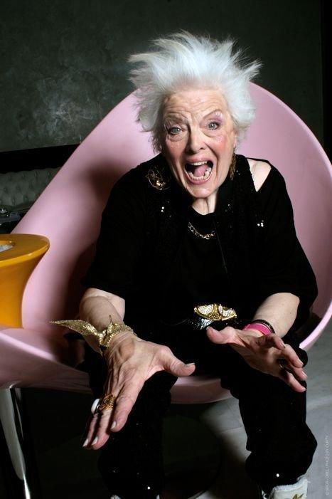 Бабушка-диджей (28 фото)