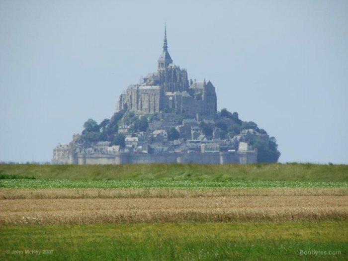 Сказочный замок (14 фото)