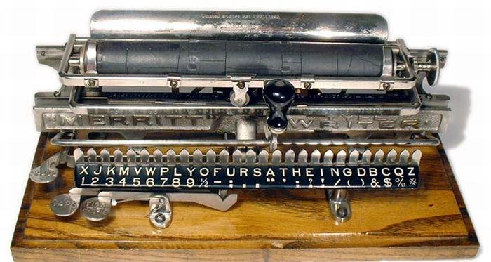 Старые печатные машинки (49 фото)