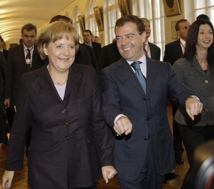 Политики дружат (25 фото)