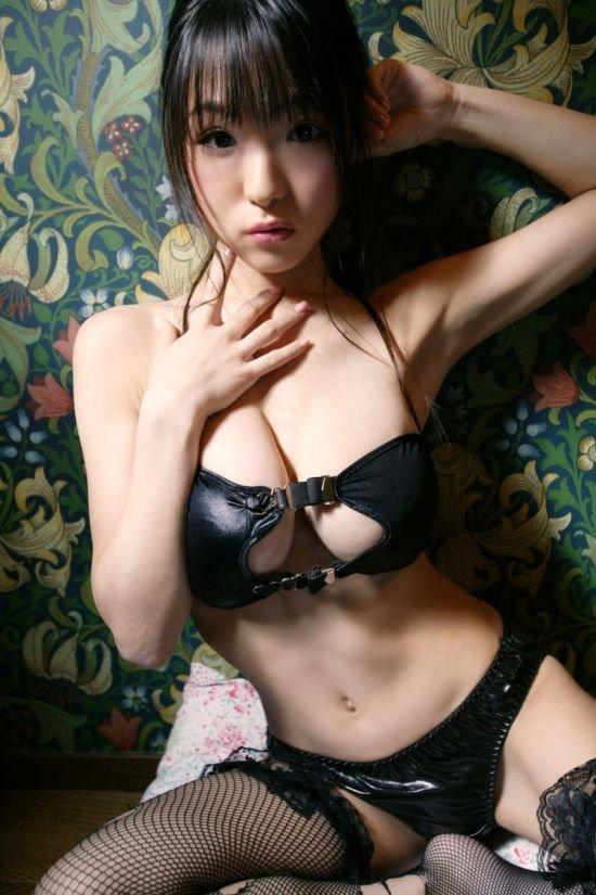 Азиатские девушки (63 фото)
