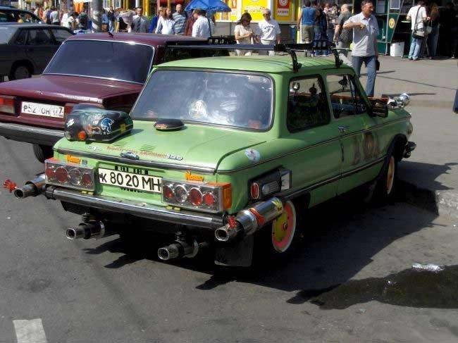 Тюнингованные Запорожцы (35 фото)