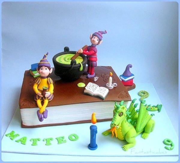 Креативные торты (42 фото)
