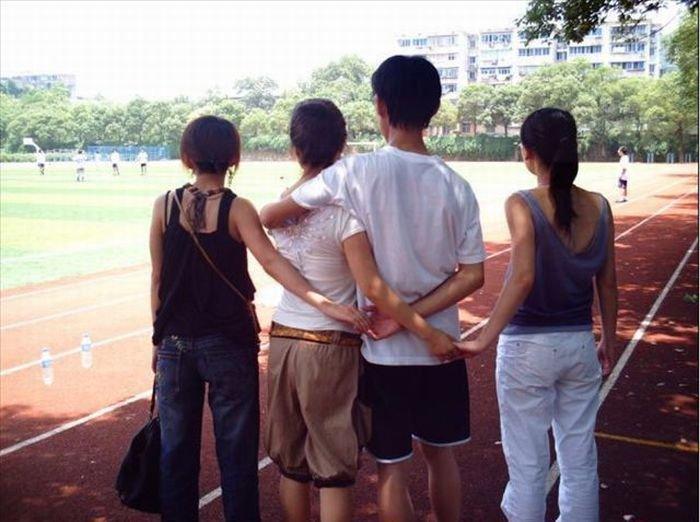 За спиной (17 фото)