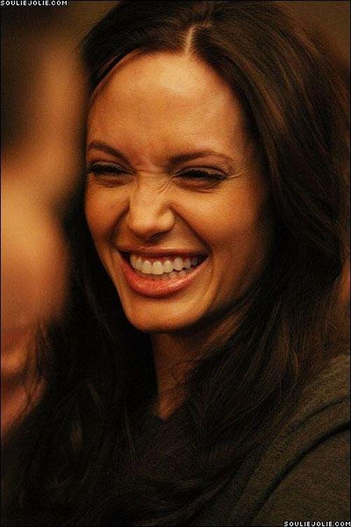 Эмоции Анджелины Джоли (56 фото)