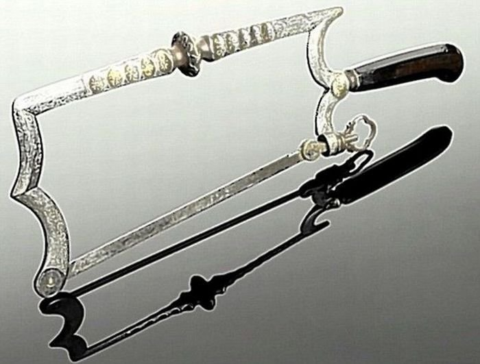 Медицинские инструменты прошлого (20 фото)